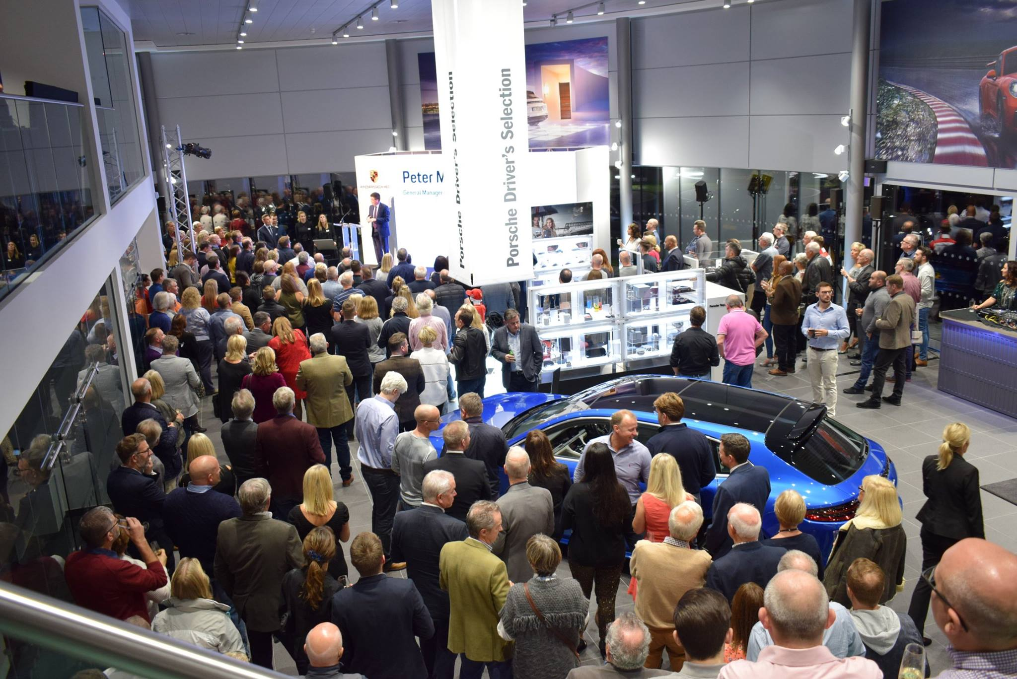 Entertainment for corporate events: Mercedes-Benz showroom